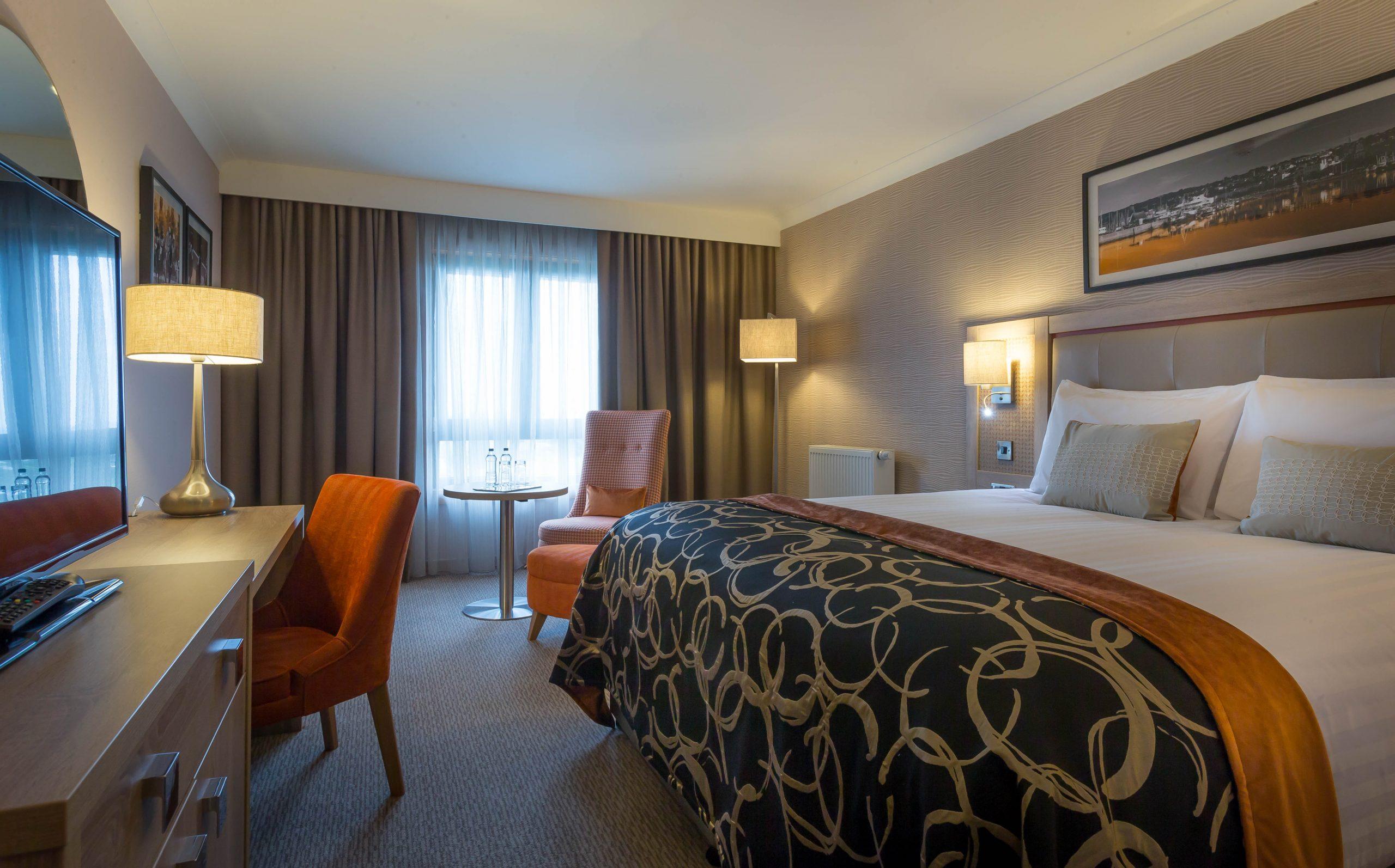 Clayton Leeds - Executive Bedroom