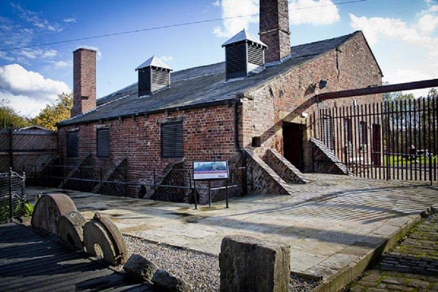 Thwaite Mills exterior - Visit Leeds